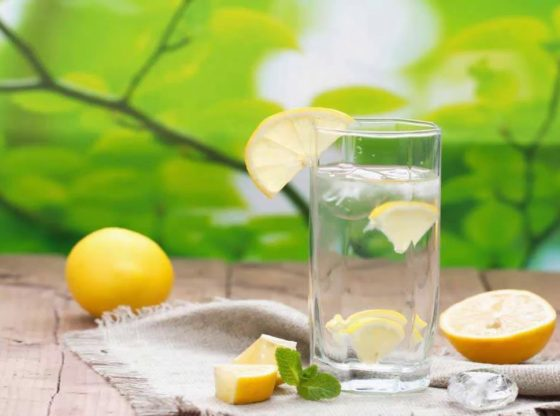 Drinking Detox Lemon Water Every Morning – The Mistake Millions of People Make