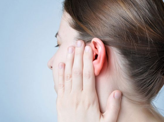 Get Rid Of The Wax In Your Ears With These Natural Remedies